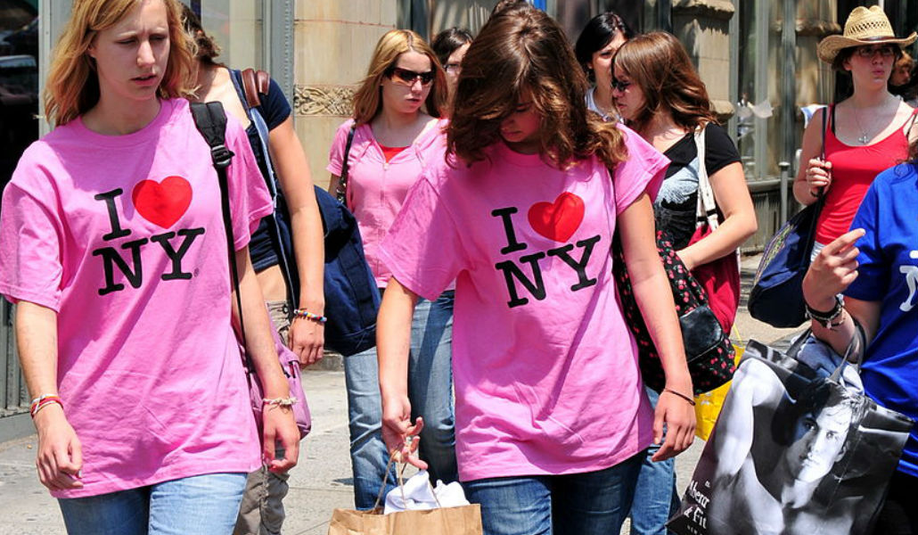 Here Its Summer All Time >> Here Are All The Reasons New Yorkers Hate Summer Tourists Secretnyc