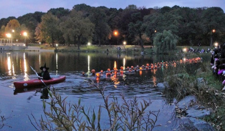 Catch NY's Largest Pumpkin Flotilla When Jack O'Lanterns Take Over Central Park This Month