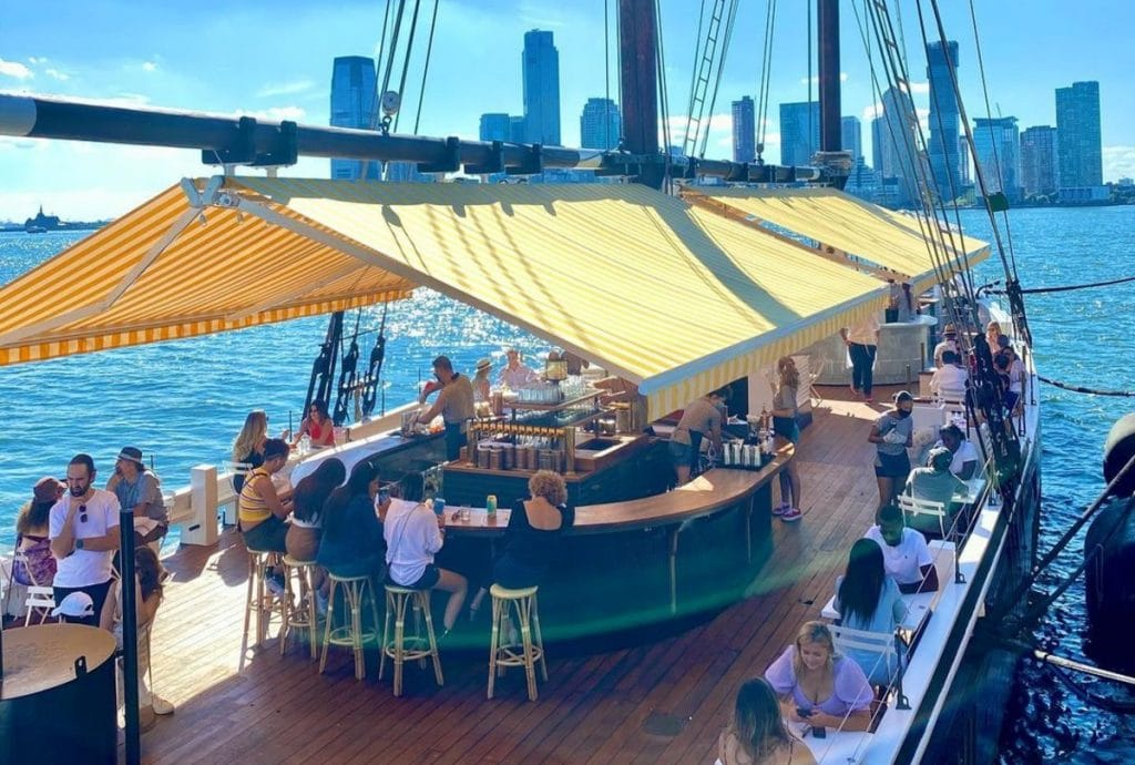 NYC's Floating Oyster Bar Grand Banks Is Now Open For The Season