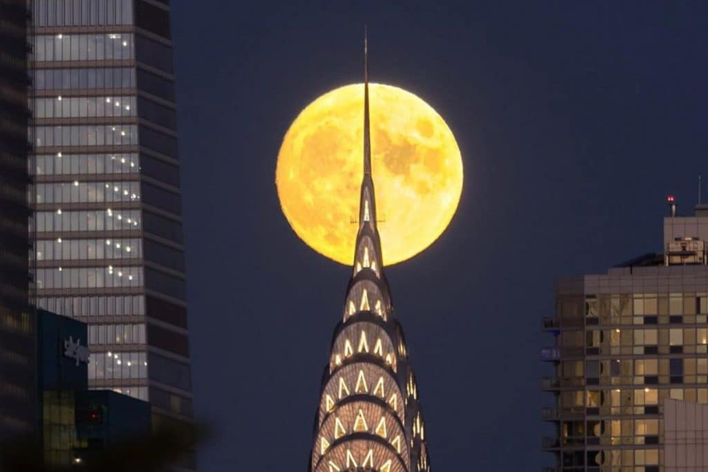 Tonight's Big & Bright 'Harvest Moon' Will Light Up NYC Skies, Signaling Summer's End