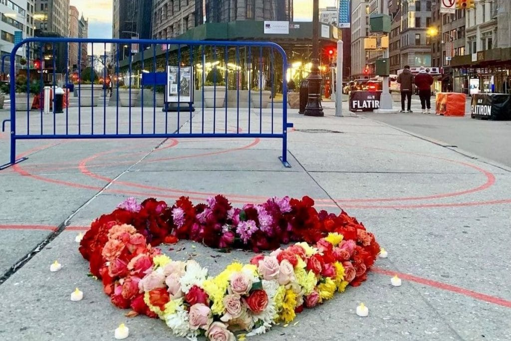 Beautiful Floral Hearts Have Taken Over Flatiron, Honoring All Those Lost To COVID-19