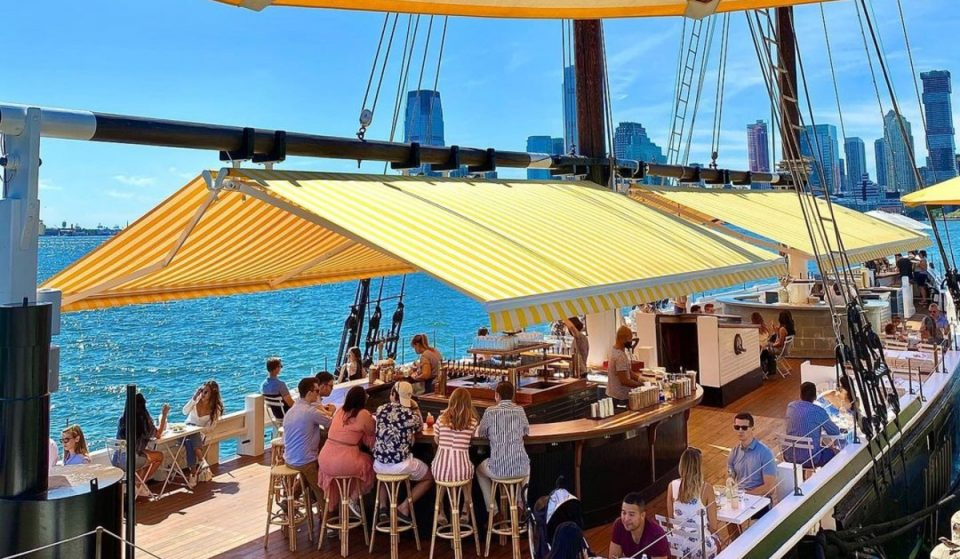 10 Waterfront Restaurants & Bars In NYC With The Most Incredible Views
