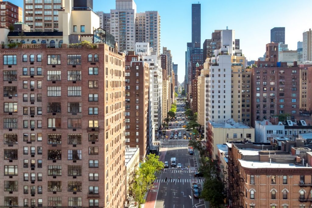 NYC Landlords Are Holding On To Empty Apartments Until Rent Goes Back Up, Report Says