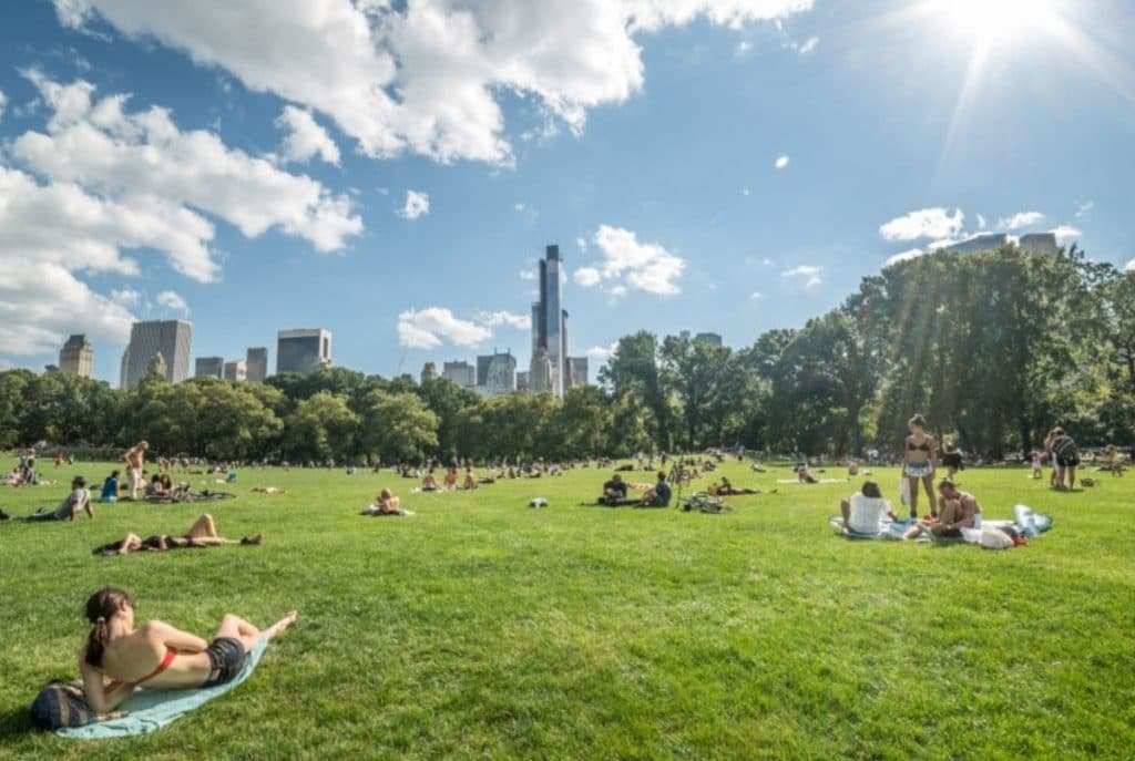 Friday's Weather Just Broke A Heat Record In NYC
