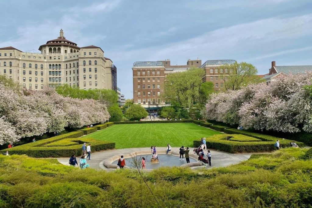 This Under-The-Radar Garden In Central Park Is Absolutely Magical