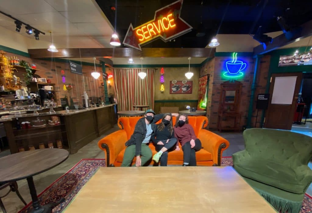 The One Where NYC Gets An Unbelievable FRIENDS Immersive Experience!