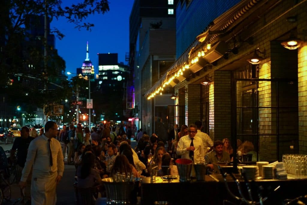 NYC Restaurants & Bars Can Now Stay Open Until Midnight