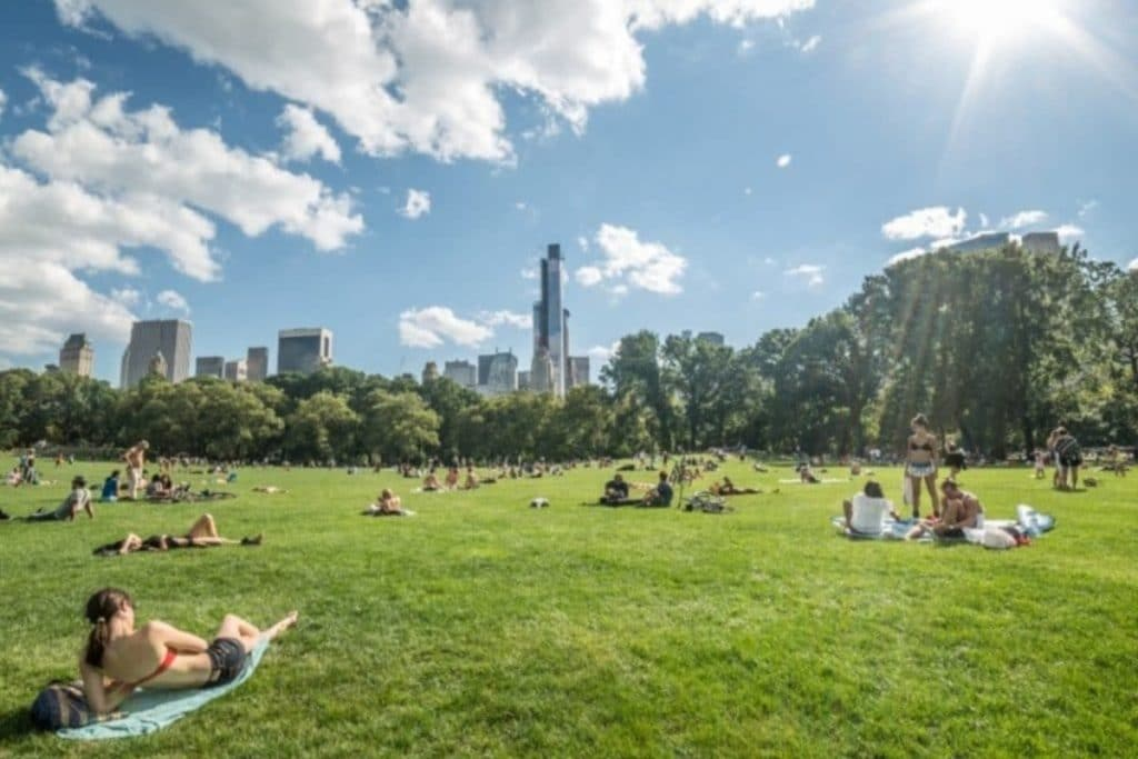 Today's High Temperatures Mark The Warmest Day Of The Year Since 1990