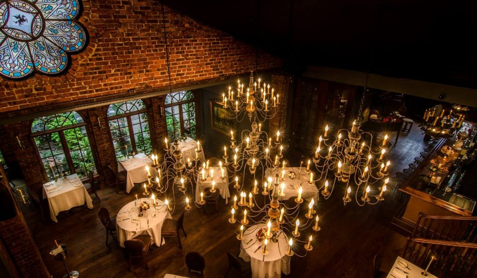 Experience An Enchanting Jazz Brunch At This Historical Carriage House In NYC