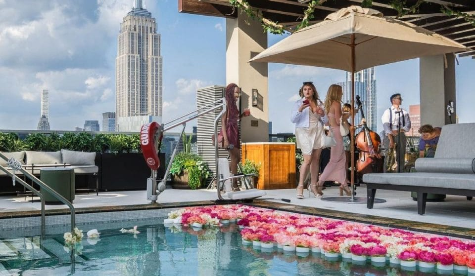 10 Fabulous Hotel & Rooftop Pools With The Best Views In NYC