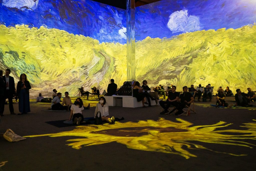 Van Gogh: The Immersive Experience Is Now Open In NYC, And It's Breathtaking!