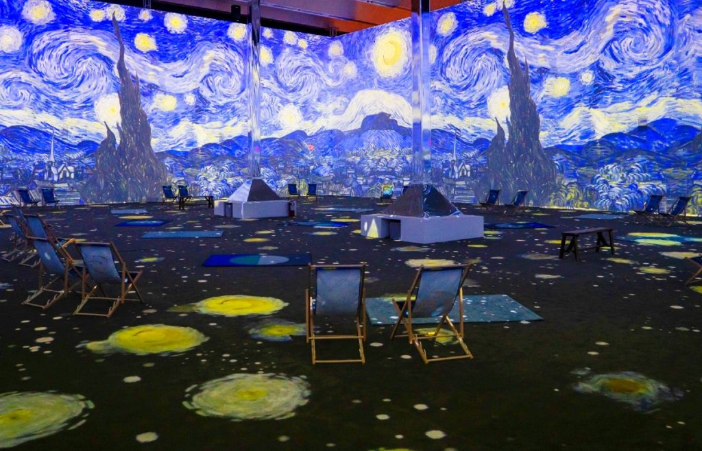 We Went To Both Immersive Van Gogh Exhibits In NYC: Here's What They Were  Like - Secret NYC