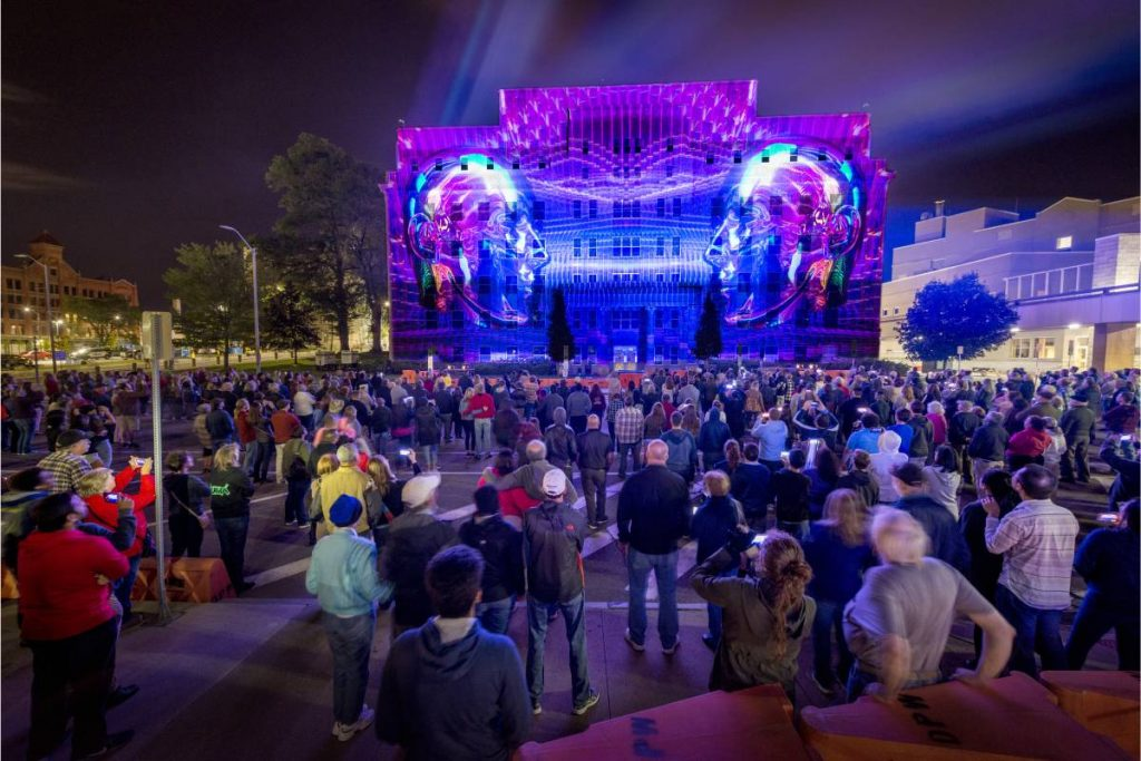 World-Class Projection Mapping Artists Will Illuminate NY At This Epic Light Show